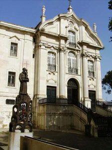 Iglesia de san Antonio en Lisboa, construida sobre la casa natal del santo.
