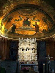 Tumba de san Agustín en la basílica de San Pietro in Ciel d'Oro, en Pavía.