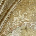 Pintura mural de San Jorge matando al dragón, siglo XIII, capilla de la encomienda templaria de Coulommiers, Francia
