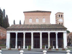 Basílica de San Lorenzo, donde se encuentran los restos del santo.