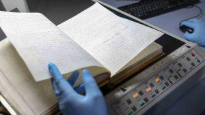 """El """"Libro de oro"""" fue digitalizado por completo el mismo día en que llegó al Archivo Nacional de Asunción. (Foto: Secretaría Nacional de Cultura de Paraguay)"""